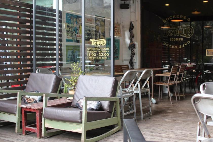 ton up cafe