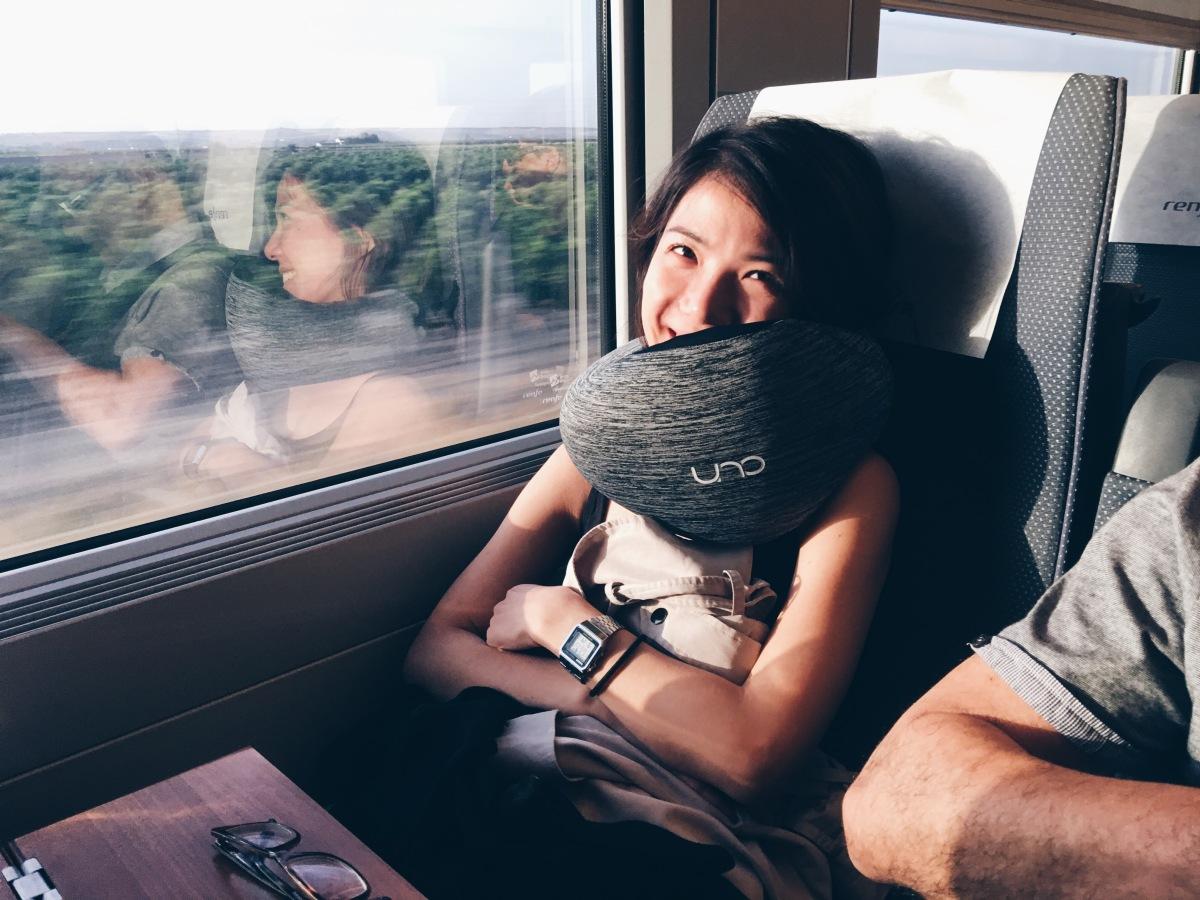 西班牙長途跋涉的50小時|UNO ROUGH頸枕開箱分享